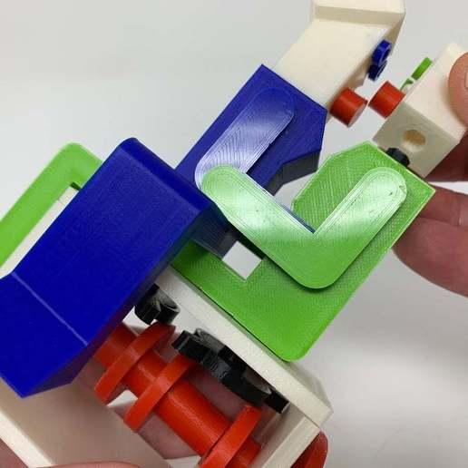 """Image0004f.JPG Télécharger fichier STL gratuit """"Lora et moi"""", un simple automate imprimé en 3D. • Plan à imprimer en 3D, gzumwalt"""