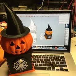 Free 3D printer model Visions of Halloween Danced In Her (His) Head, Hand Cranked, gzumwalt