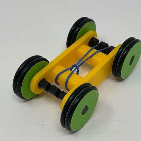 Descargar modelo 3D gratis Diseño de un simple coche con banda elástica impresa en 3D utilizando Autodesk Fusion 360, gzumwalt