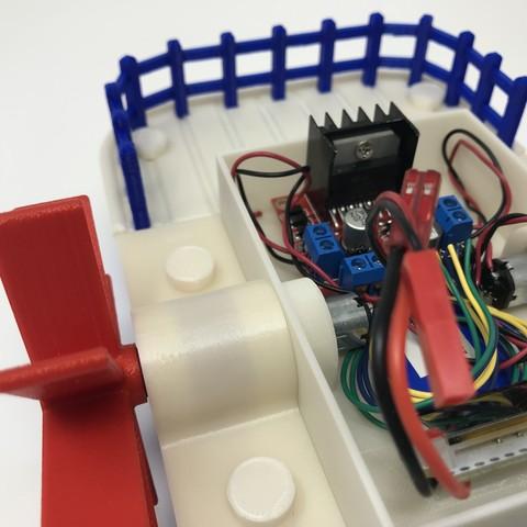 IMG_0865.jpg Download free STL file WiFi Paddle Boat • 3D printing design, gzumwalt