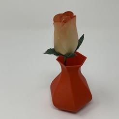 """Image0000a.JPG Télécharger fichier STL gratuit Designing a 3D Printable Hexagonal """"Twisty Vase"""" using FreeCAD. • Objet pour imprimante 3D, gzumwalt"""