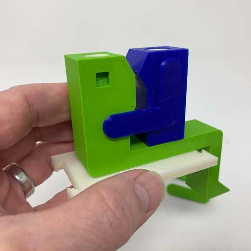 """Image0003c.JPG Télécharger fichier STL gratuit """"Lora et moi"""", un simple automate imprimé en 3D. • Plan à imprimer en 3D, gzumwalt"""