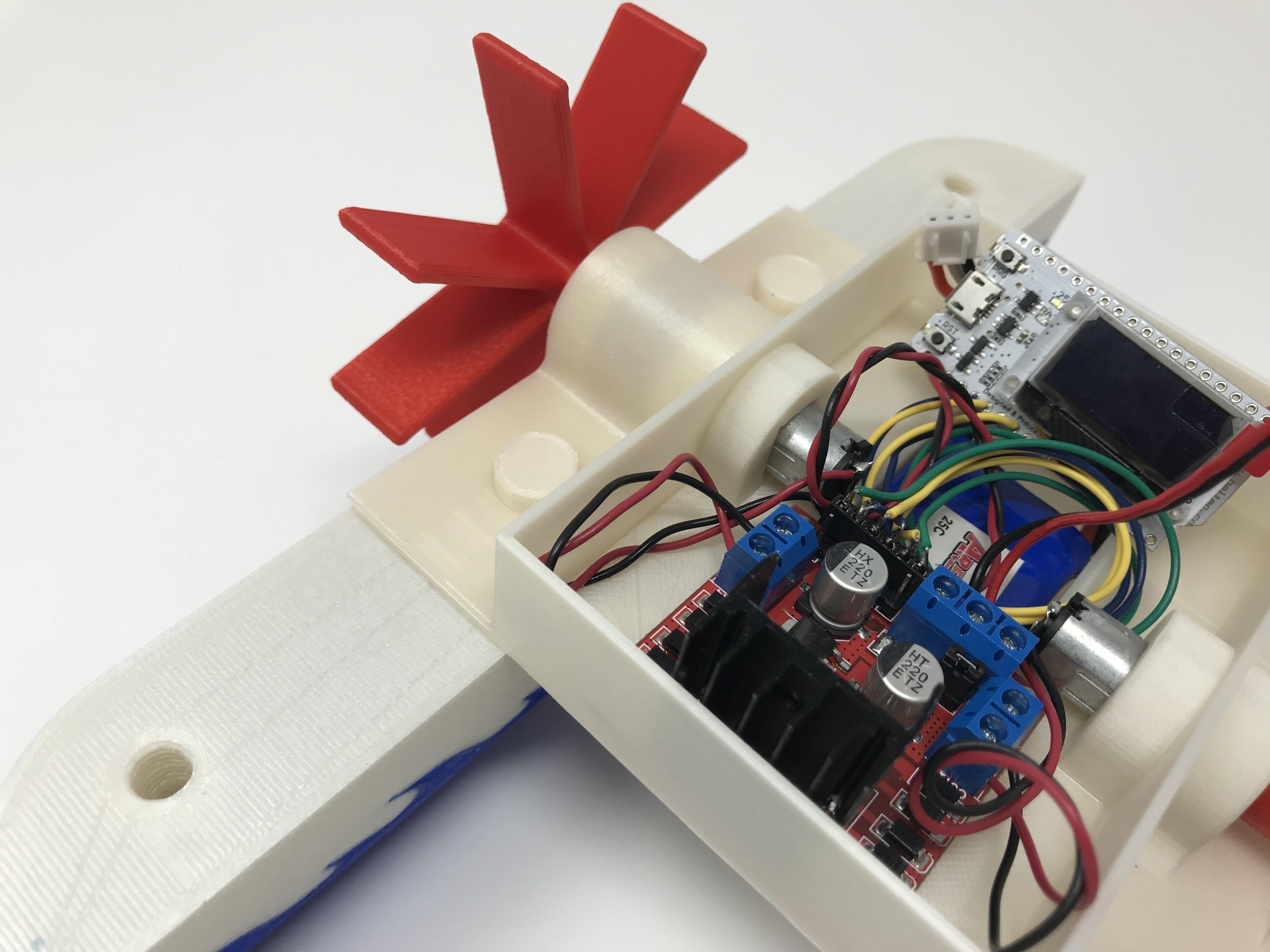 IMG_0828.jpg Download free STL file WiFi Paddle Boat • 3D printing design, gzumwalt