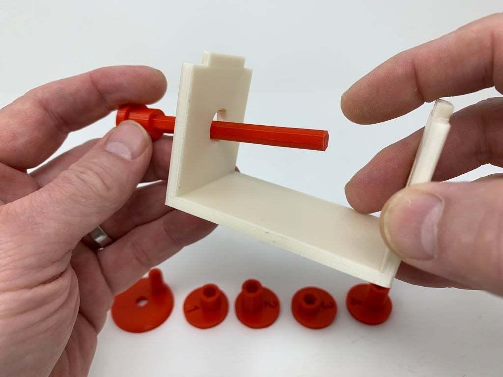 """Image0002a.JPG Télécharger fichier STL gratuit """"Lora et moi"""", un simple automate imprimé en 3D. • Plan à imprimer en 3D, gzumwalt"""