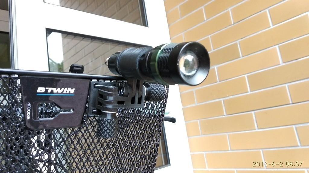 a07d1504db45283f9b6549007294c5a0_display_large.jpg Download free STL file Bicylce light, bike lamp mount for basket • 3D printing template, kaju666