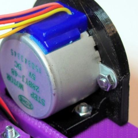 05_stepper_bracket_1_preview_featured.jpg Télécharger fichier STL gratuit Support pas-à-pas pour robot de dessin • Objet pour imprimante 3D, MakersBox