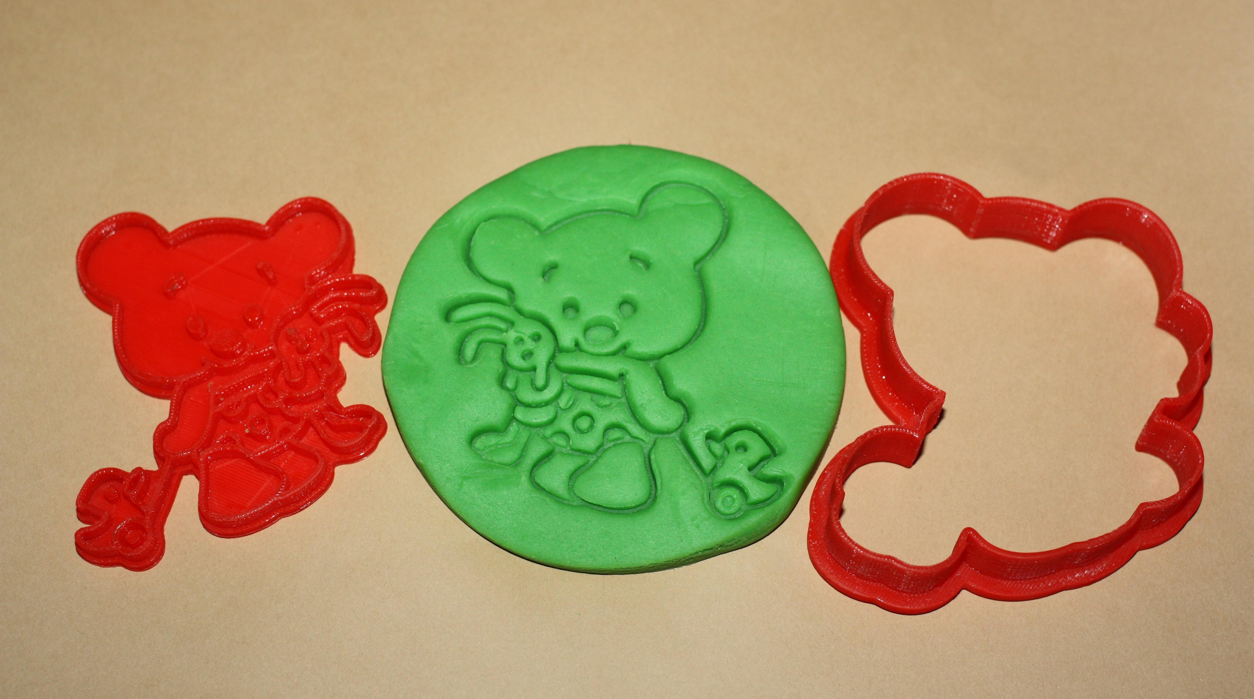 СuteBear1.jpg Download STL file Сute Bear with toys - COOKIE CUTTER • 3D printable object, dmitriysk3d