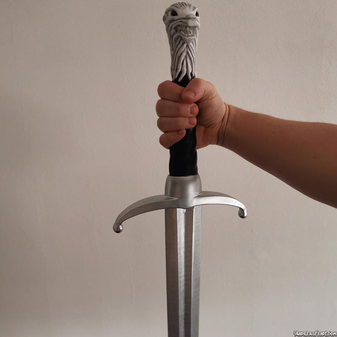 Game of Thrones GOT Longlaw sword wolf hand.jpg Télécharger fichier STL L'épée de Longclaw - L'épée de Jon Snow de Game of Thrones • Objet à imprimer en 3D, Andreasfendt
