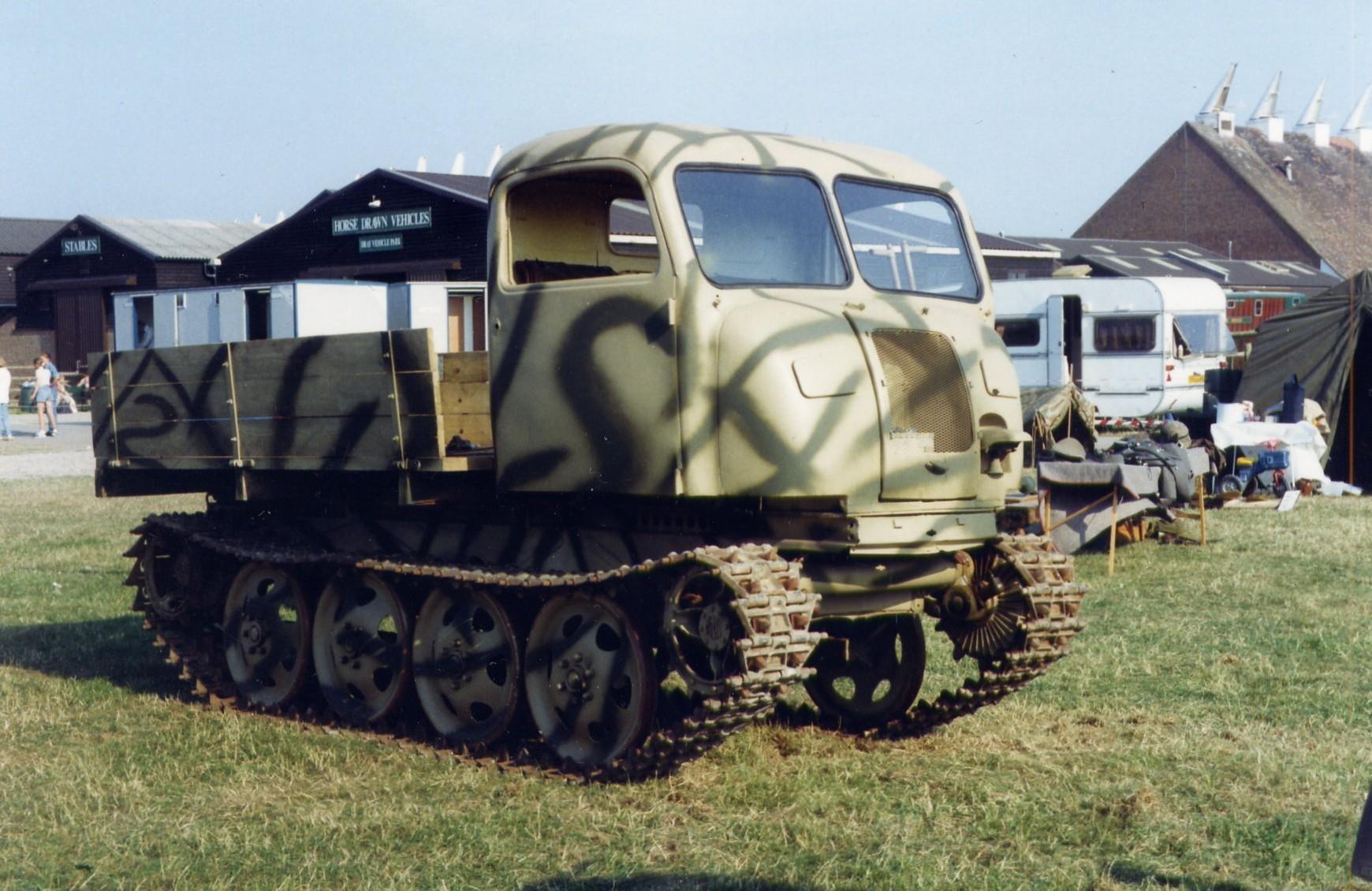 steyr-rso-01-tractor-raupen-schlepper-osttracked-tractor-east.jpg Télécharger fichier STL gratuit German WWII Tanks Trucks  • Design à imprimer en 3D, ekynops