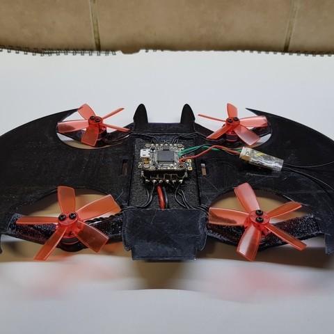 9605367587f7cd254d60c16fc8c0c4c3_display_large.jpg Télécharger fichier STL gratuit Avion à chauve-souris RC Quadcopter • Plan à imprimer en 3D, shawnrchq