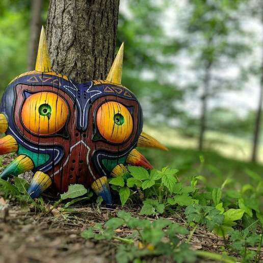 Download free STL file Wall Mount for Majora's Mask (full size), 3DPrintDogs