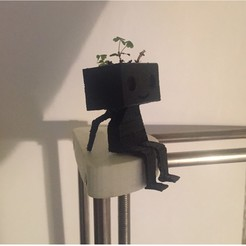 Download free 3D printing templates planter robot, bjpaque5