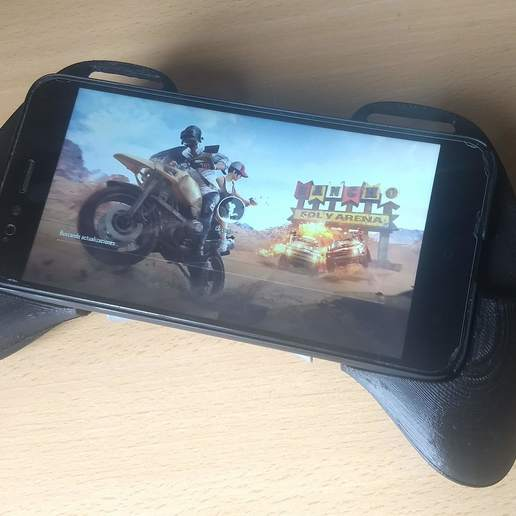 IMG_20180928_134346710.jpg Download STL file Gaming Grip for Smartphones • 3D printing template, SOLIDMaker3D