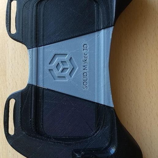 IMG_20180919_174750402.jpg Download STL file Gaming Grip for Smartphones • 3D printing template, SOLIDMaker3D