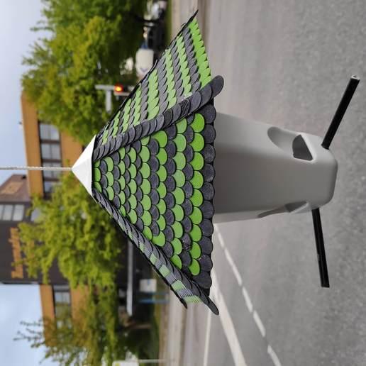 IMG_20190505_194816.jpg Télécharger fichier STL gratuit Nourriture pour oiseaux • Modèle à imprimer en 3D, MakerMind