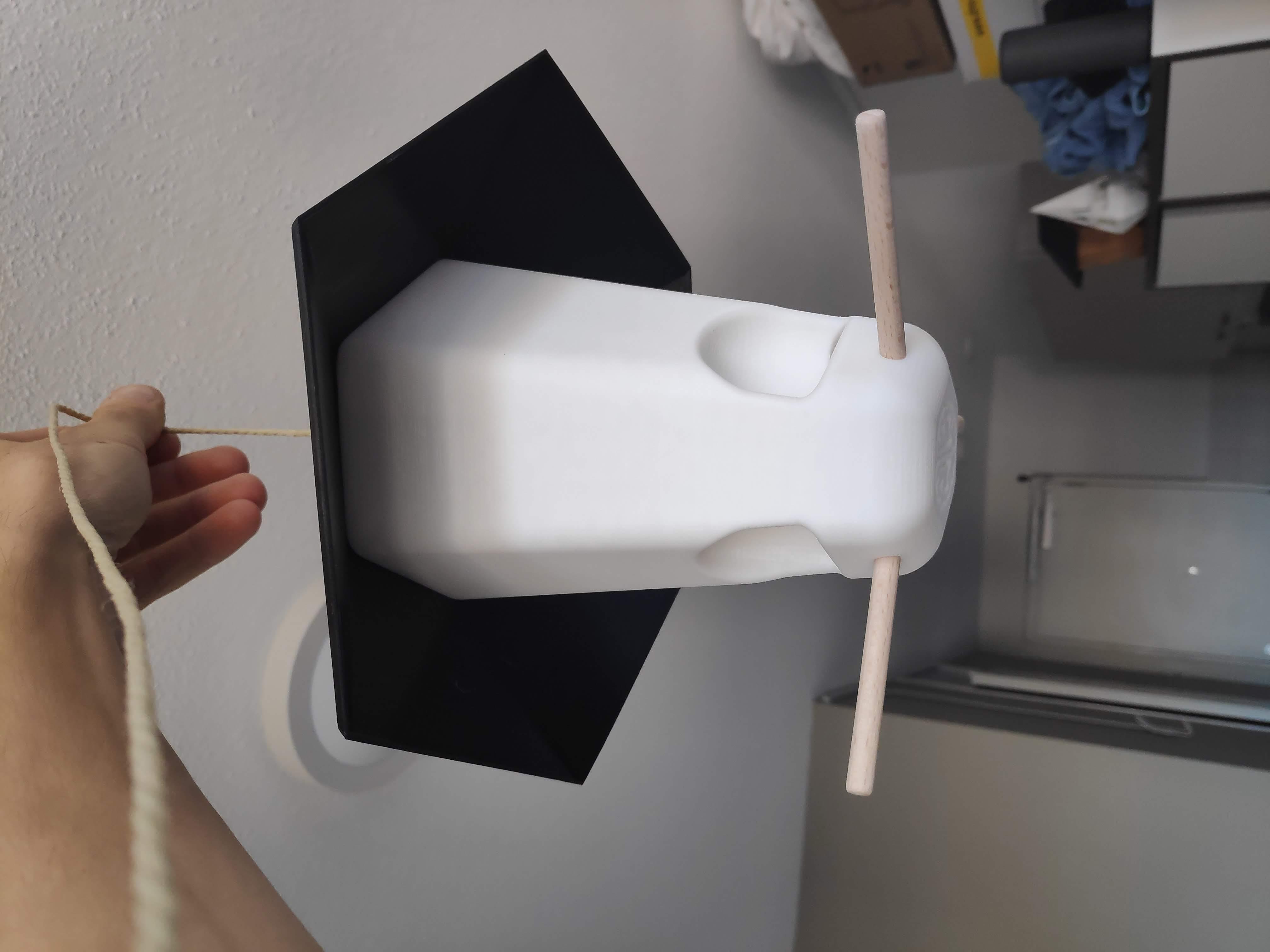IMG_20190920_183438.jpg Télécharger fichier STL gratuit Nourriture pour oiseaux • Modèle à imprimer en 3D, MakerMind