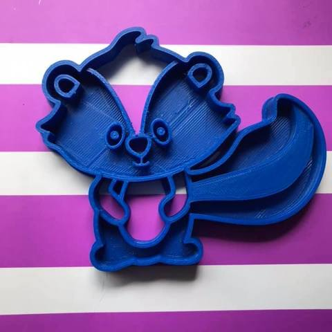 Download free 3D printing designs skunk cookie cutter, memy_ironmaiden