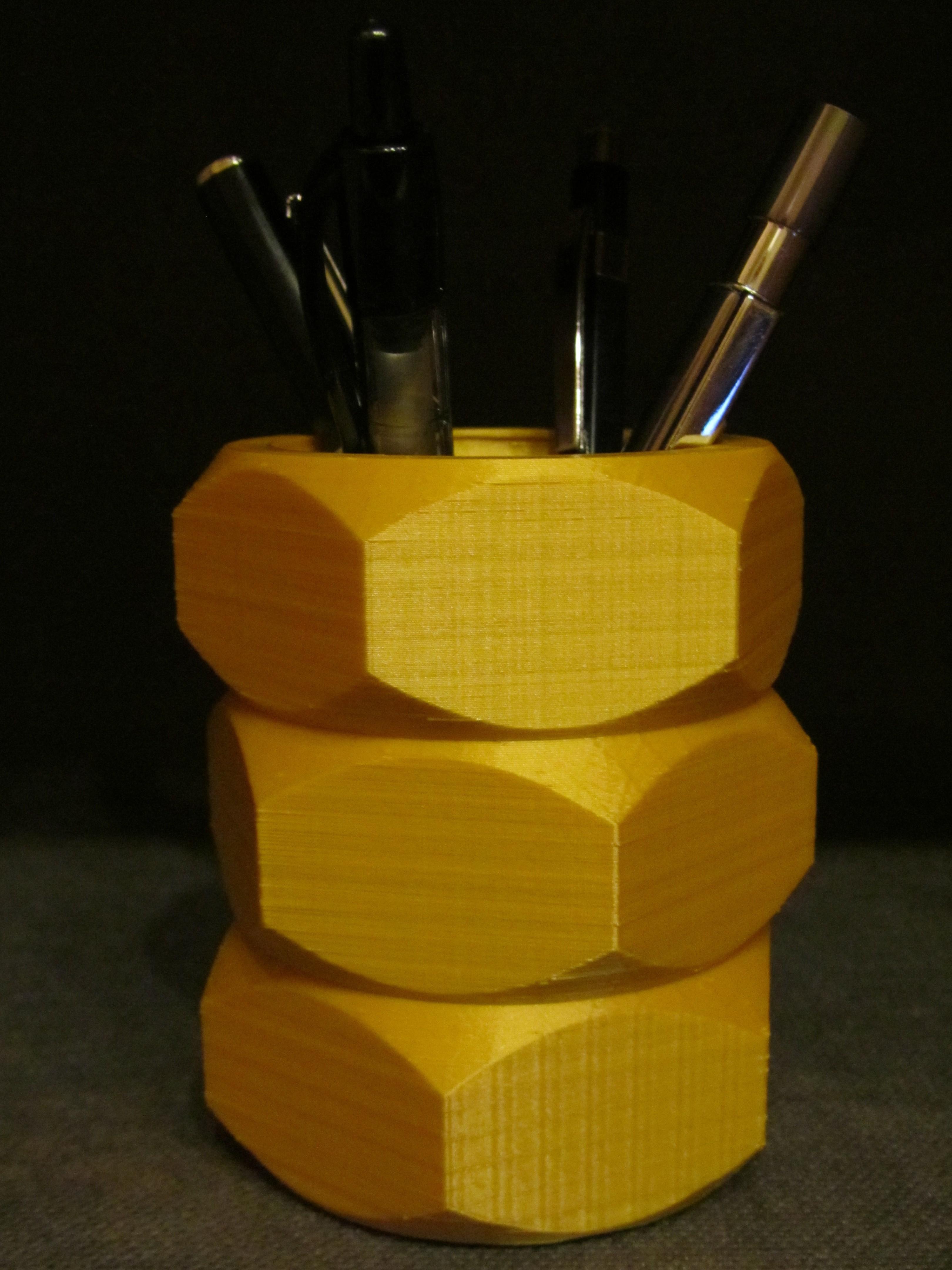Nut Pen Holder 2.JPG Download free STL file Nut Pen Holder • 3D printing template, Alsamen