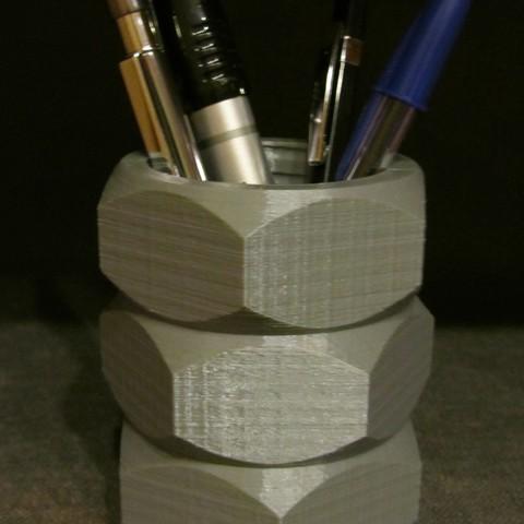 Nut Pen Holder.JPG Download free STL file Nut Pen Holder • 3D printing template, Alsamen