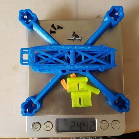 """7e39162c321ba8d5e0b885caf2c9c694_display_large.jpg Télécharger fichier STL gratuit SPDVL124 - Cadre Micro Quad 2.5"""" Racing / Freestyle 2.5 • Modèle à imprimer en 3D, Gophy"""