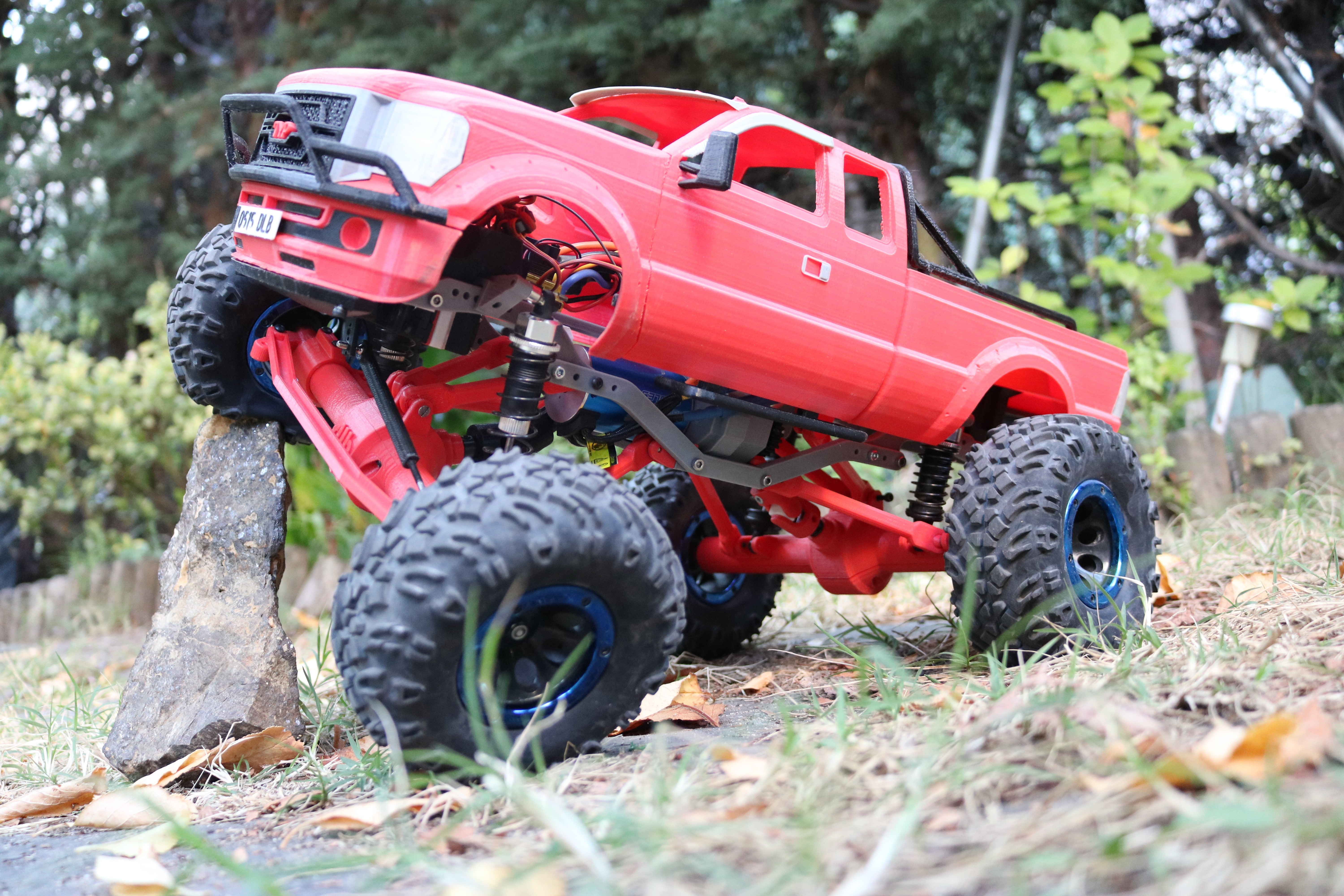 IMG_4964.JPG Download STL file MyRCCar 1/10 MTC Chassis Updated. Customizable chassis for Monster Truck, Crawler or Scale RC Car • 3D printer model, dlb5