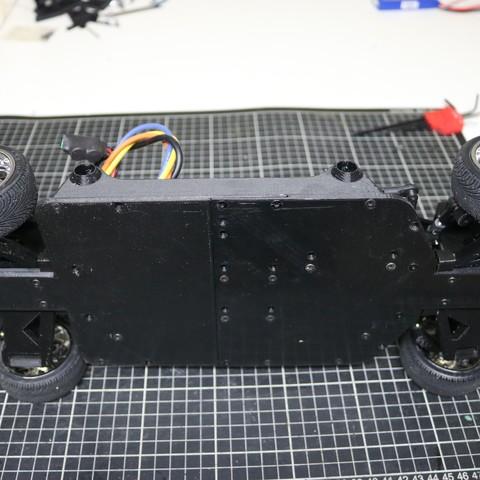 IMG_5068.JPG Download STL file MyRCCar 1/10 On-Road Build for Tesla Model S Body RC Car • 3D print object, dlb5