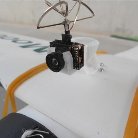 3210f92ada8c551946b476a0fc6c9977_preview_featured.jpg Télécharger fichier STL gratuit FPV montage de caméra pour avion RC Modèle Y • Objet pour imprimante 3D, Eclipson
