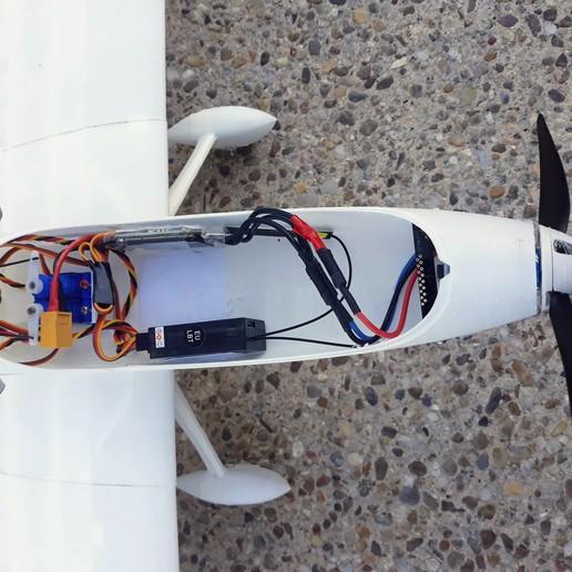 7.jpg Télécharger fichier STL gratuit Avion RC FPV - Fuselage modèle V • Plan pour imprimante 3D, Eclipson