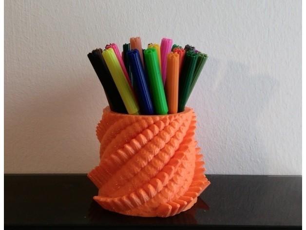 7e7402bdf278eaab4287a020e8ed908a_preview_featured.jpg Download free STL file Dragon Penholder • Model to 3D print, ferjerez3d