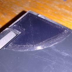 corner1.JPG Télécharger fichier STL gratuit Réparation du coin du couvercle d'un ordinateur portable • Modèle à imprimer en 3D, Sagittario