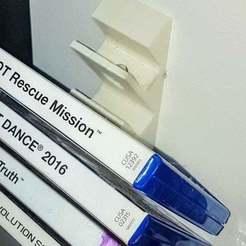 Download free 3D printer files game dvd wall holder, mariospeed