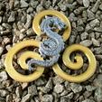 Download free 3D printer model DRAGON ON TRISKEL, oasisk