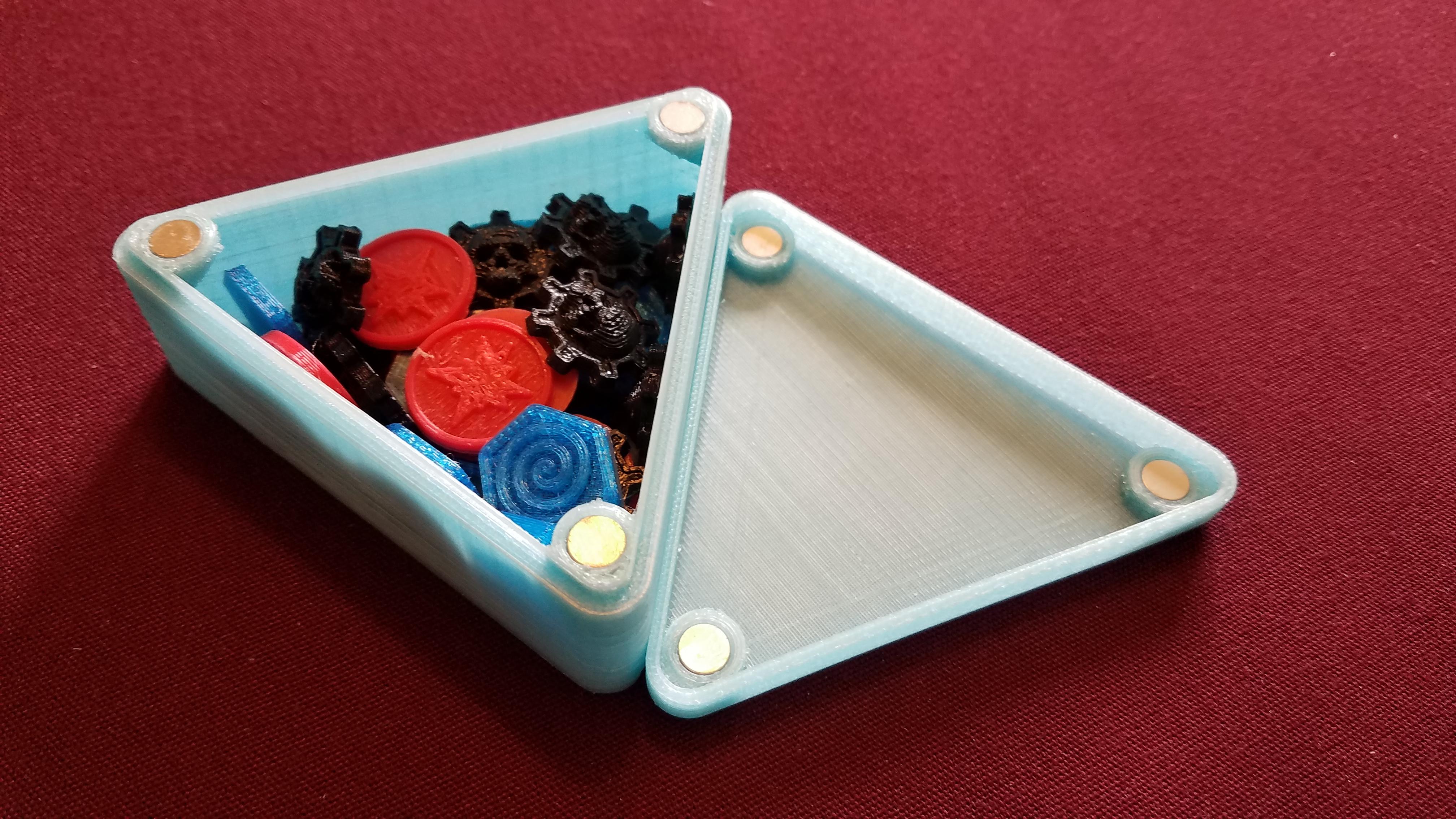 20190530_152948.jpg Download free STL file Magnetic Token Box • 3D printing model, juglaz
