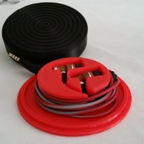 Télécharger STL gratuit Étui à boutons d'oreille entièrement fermé, juglaz