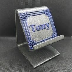 Tony Phonestand cetic border pic 1 -.jpg Télécharger fichier STL Tony phone stand frontière celtique • Objet imprimable en 3D, M3DPrint
