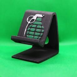 Grenade phone stand pic 1.jpg Télécharger fichier STL Téléphone à grenades • Objet imprimable en 3D, M3DPrint