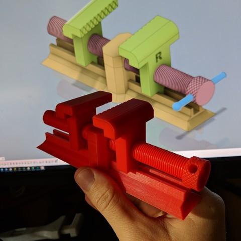 CADvsReal.jpg Télécharger fichier STL gratuit Oldie Vice • Design pour impression 3D, AnsonB