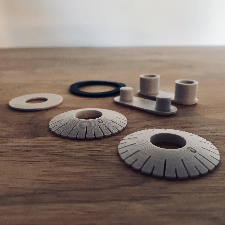 IMG_2048.jpg Télécharger fichier STL gratuit LE METRE DE POCHE • Design imprimable en 3D, JeremyBarbazaStudio