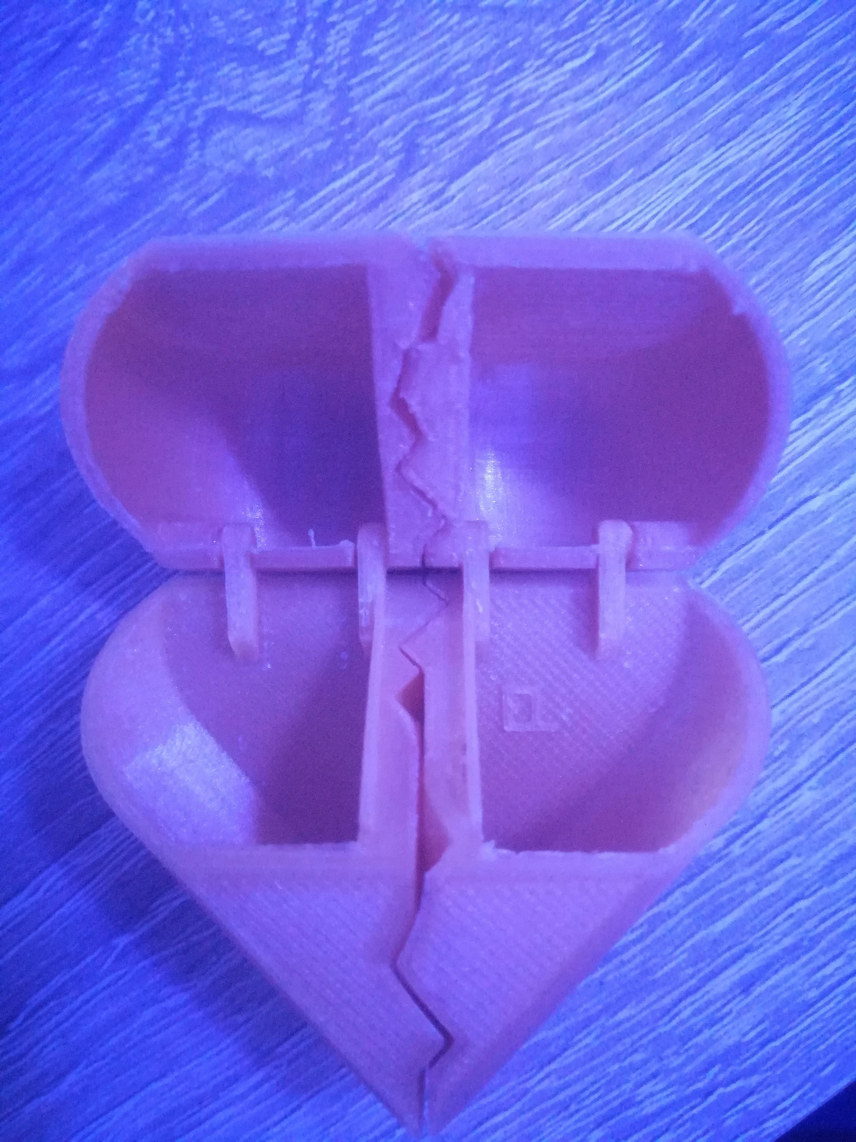 IMG_20180815_204157.jpg Download free STL file Elise Heart Box • Object to 3D print, herve3