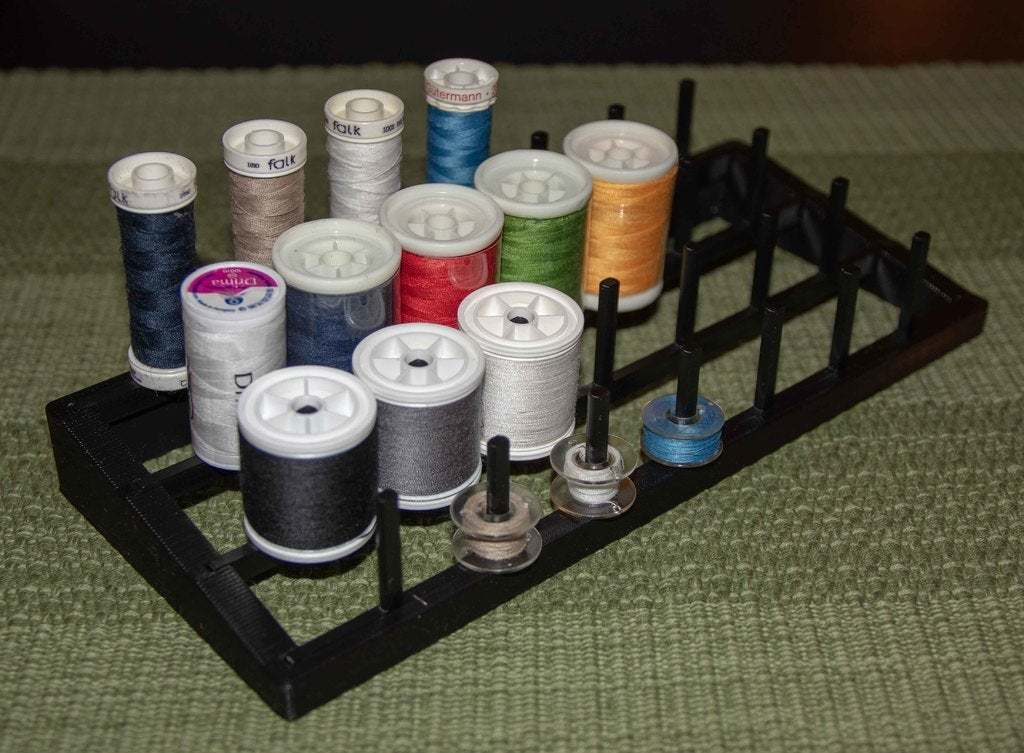 IMG_1755.jpg Télécharger fichier STL gratuit Porte-fil pour la couture ou la reliure à la mouche • Design imprimable en 3D, Jakwit