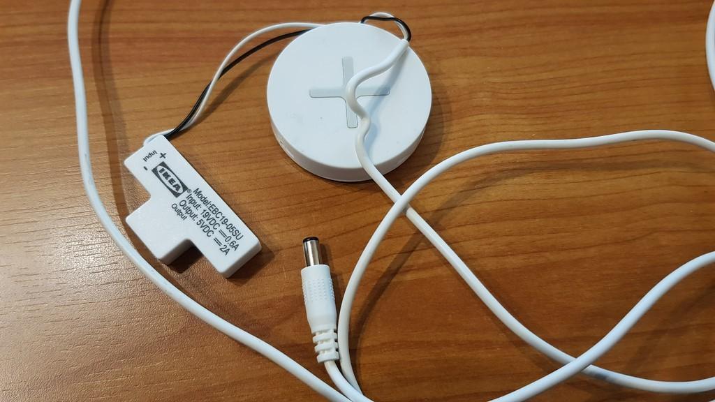 7b6b5e5d2c706365901cb3a6b9fea5cc_display_large.jpg Télécharger fichier STL gratuit Station de charge - Avec chargeur sans fil Ikea • Objet pour impression 3D, Jakwit