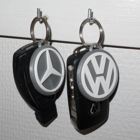 Free 3D printer designs Mercedes Benz and Volkswagen keychain, Jakwit