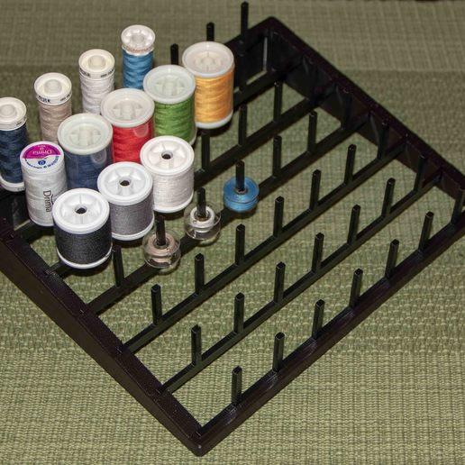 IMG_1768-2.jpg Télécharger fichier STL gratuit Porte-fil pour la couture ou la reliure à la mouche • Design imprimable en 3D, Jakwit