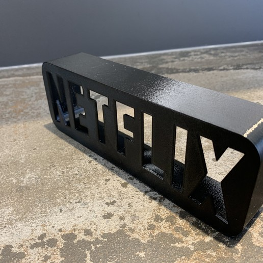 IMG_6152.jpeg Download free STL file A tribute to NETFLIX • 3D printable template, LowRob
