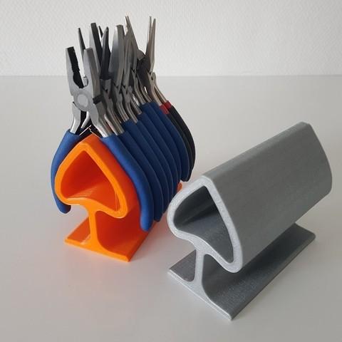 Imprimir en 3D gratis soporte de alicates / soporte de pinzas de Heliox, Heliox