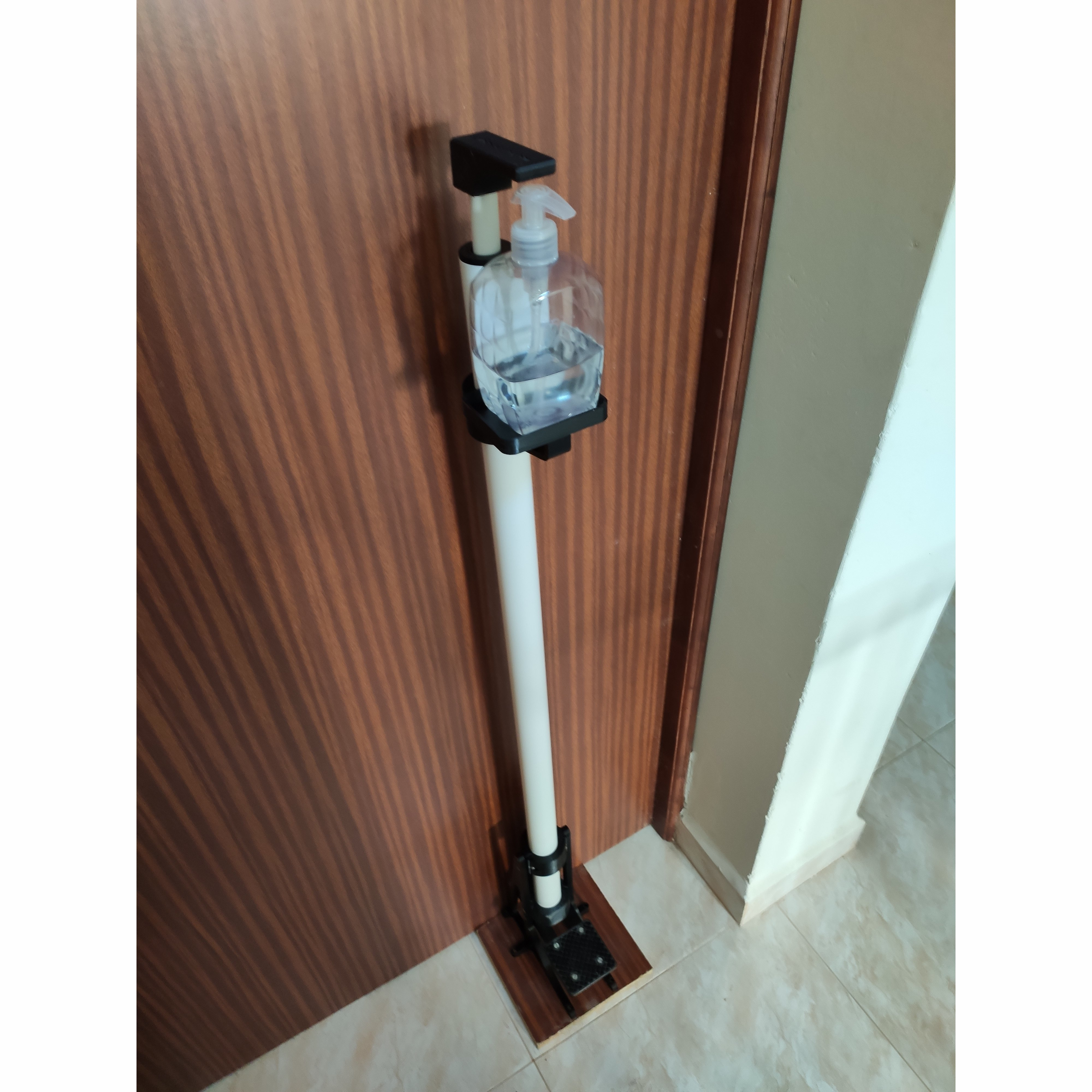 IMG_20200526_074547_square.jpg Download STL file Hand Free Sanitizer Dispenser • 3D print object, Osprey