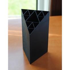 01.jpg Télécharger fichier STL Porte-plume à joint Sierpinski • Modèle imprimable en 3D, iagoroddop