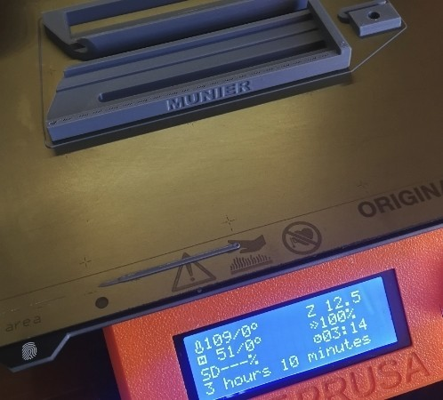 jmm_cutter01.jpg Download free STL file Cutter - retractable blade knives - Cutter Retractable Knife • 3D printer template, jmmprog