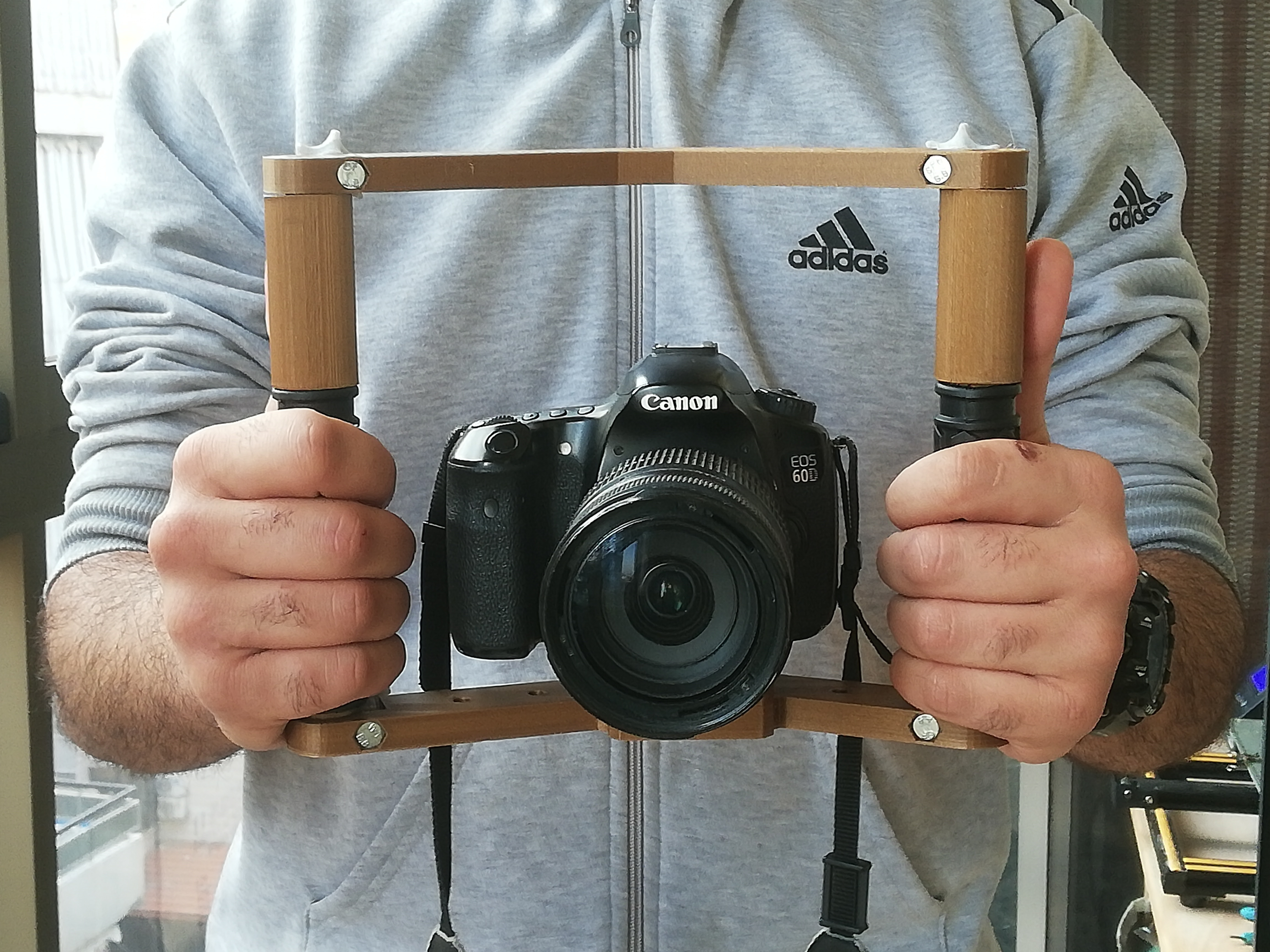 IMG_20200423_182344.jpg Download free STL file Hand held Camera Rig  • 3D print object, YEHIA