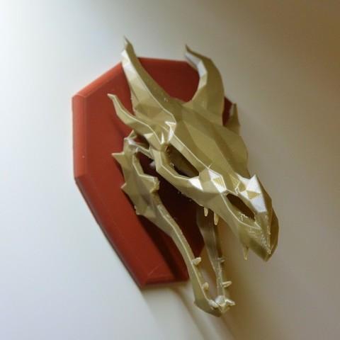 Download free 3D printer designs Skyrim skull Dragon wall Trophy, raffosan